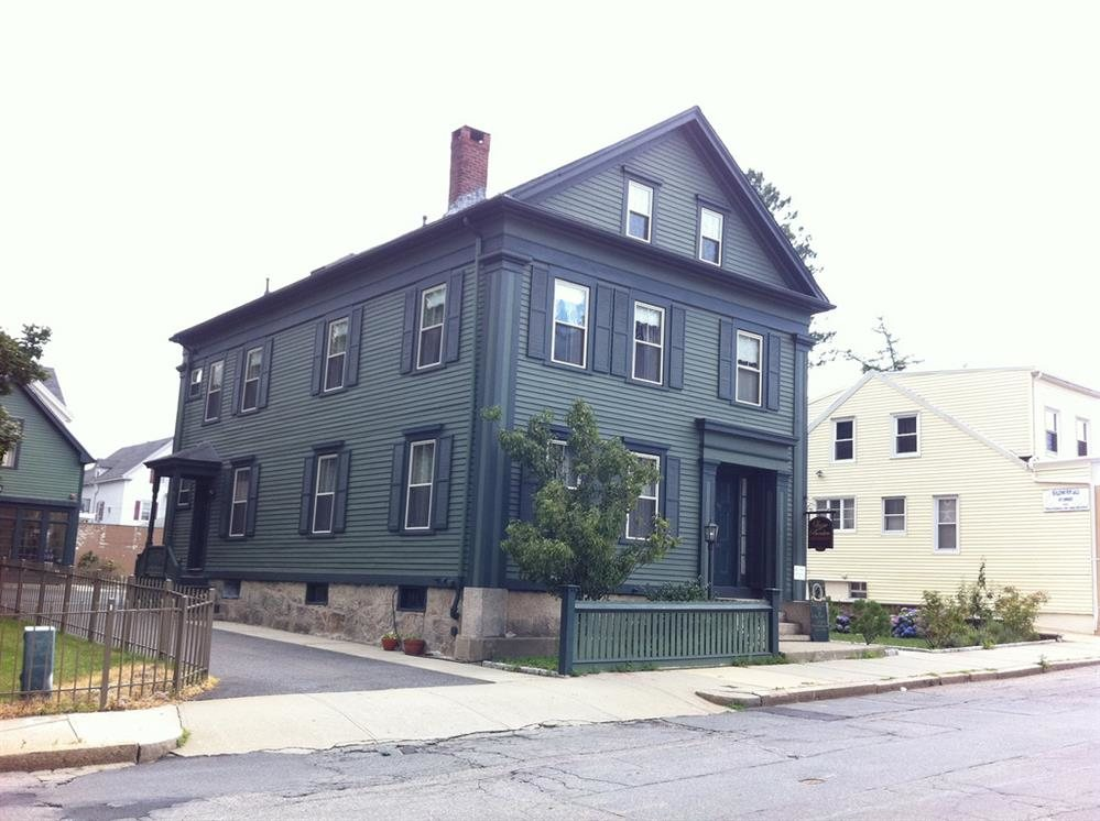 """lizzie borden house In her novel, """"see what i have done,"""" sarah schmidt turns the story of lizzie borden and the fall river murders into a grisly exploration of madness."""